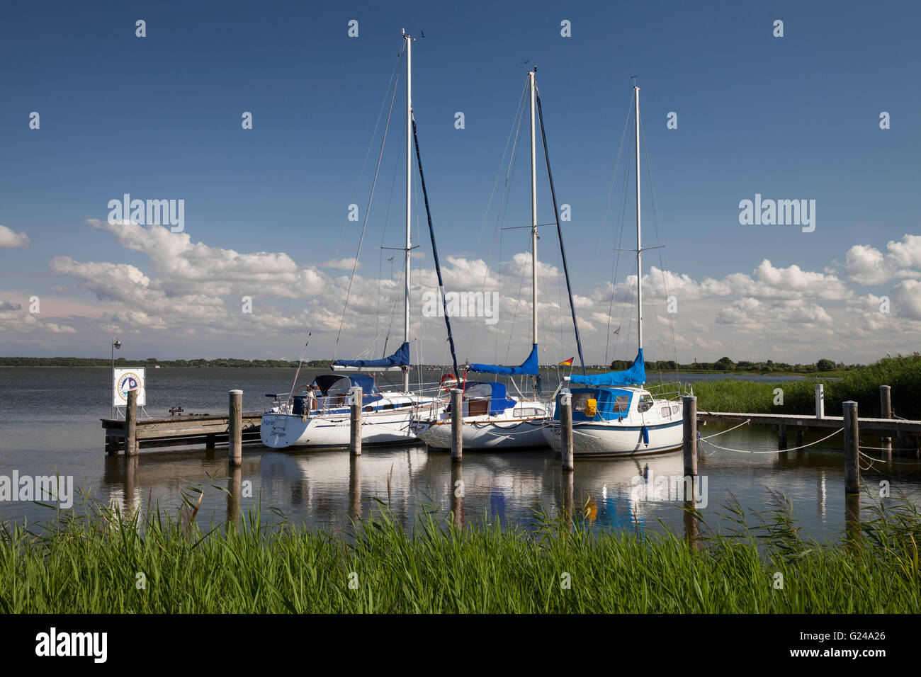 Rest area for boaters at the Bodden, Dierhagen-Dorf, Mecklenburg-Vorpommern, Germany - Stock Image