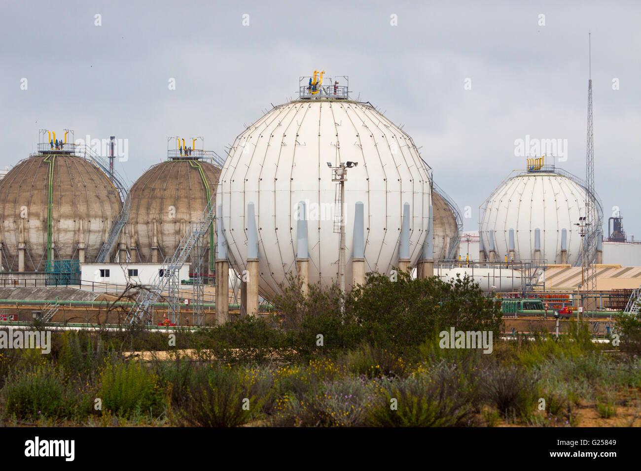 Liquefied Petroleum Gas Tank Stock Photos & Liquefied Petroleum Gas Tank Stock Images - Alamy