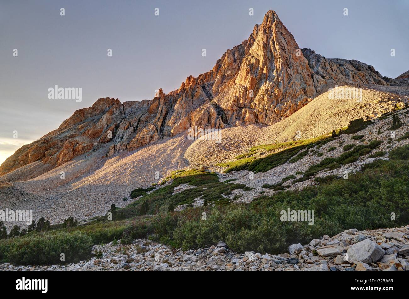 The Prominent Tower in Upper Taboose Creek at sunrise, Inyo National Forest, California, America, USA - Stock Image