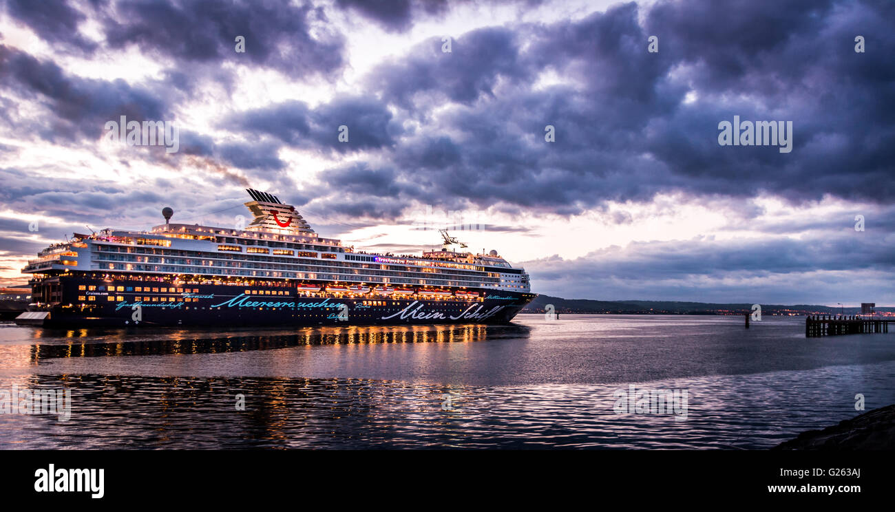 The Mein Schiff cruise ship leaving Belfast harbour on May 24th 2016. - Stock Image