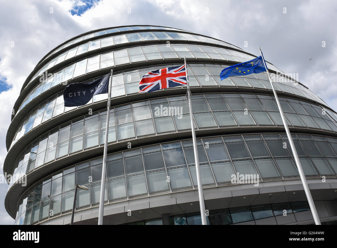 City Hall, London, UK. 24th May 2016. New London Mayor Sadiq Khan has the EU flag in front of City Hall in London. - Stock Image