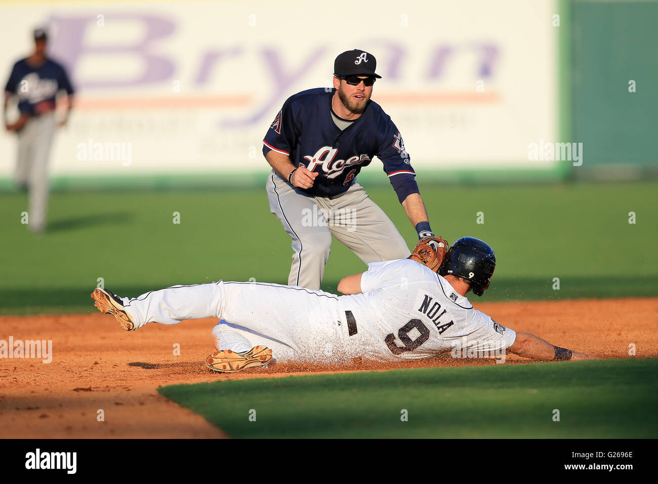 MAY 24, 2016: Reno Aces outfielder Mike Freeman (5) tags New
