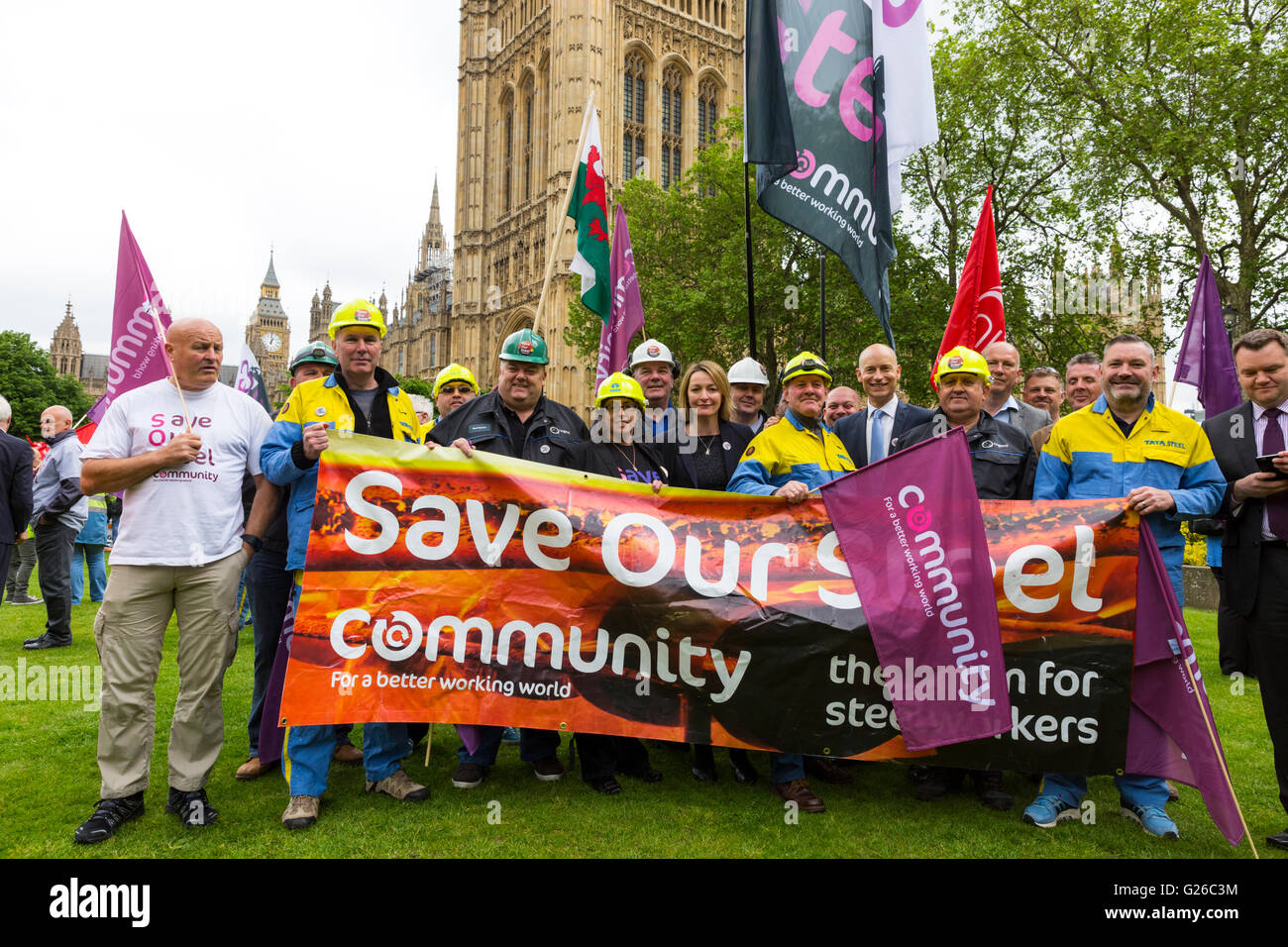 Westminster, London, UK. 25th May 2016. May 25th. GMB, as well as other steel industry unions, steel workers and - Stock Image