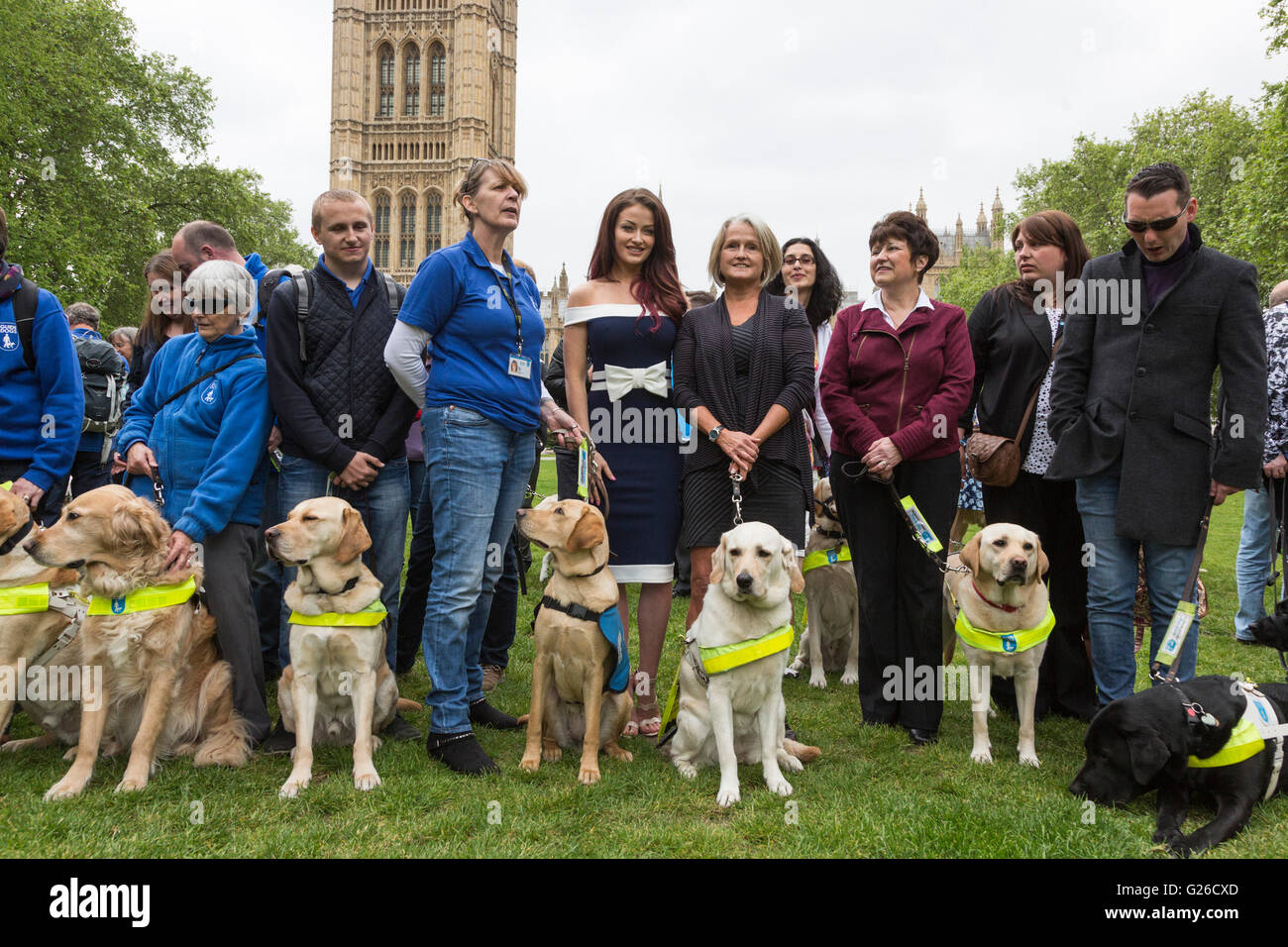 london uk 25 may 2016 l r jay taylor with itv guide dog puppy rh alamy com guide dog owners responsibilities guide dog owner refuses