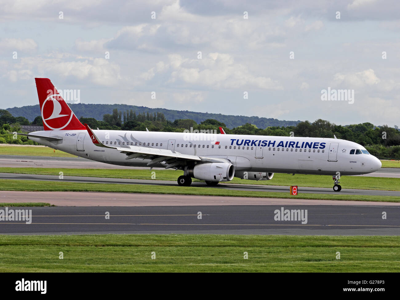 Turkish Airlines Airbus A321 airliner taxiing at Manchester International Airport. - Stock Image
