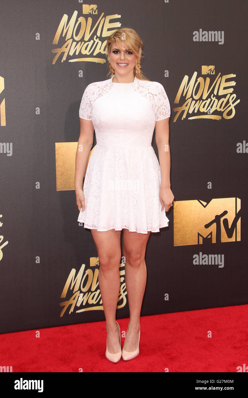 25th annual mtv movie awards featuring molly tarlov where burbank