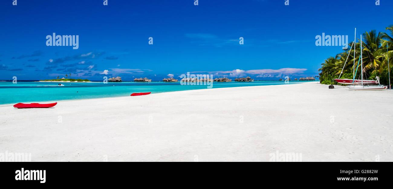 Amazing beach panorama in Maldives - Stock Image