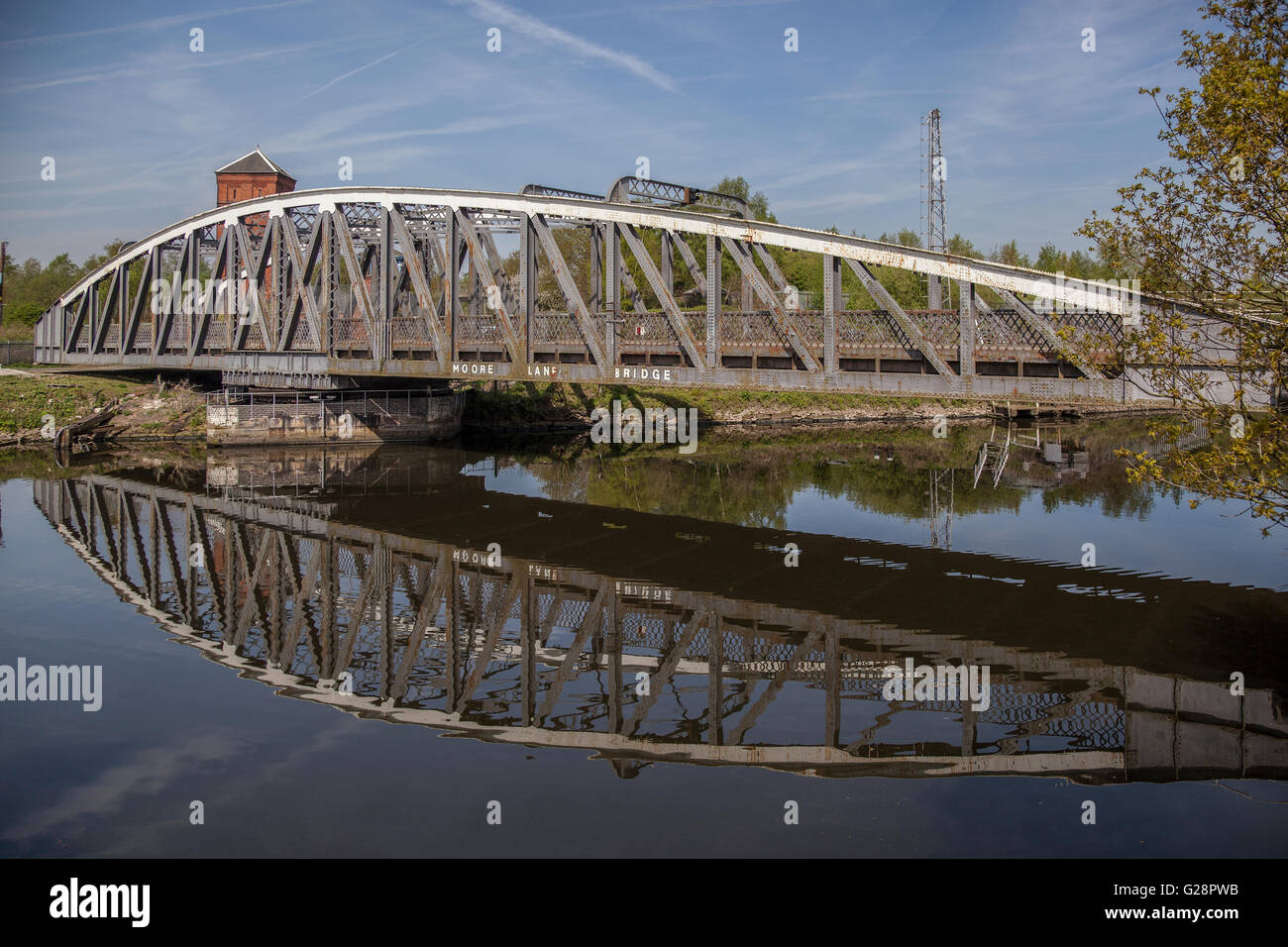 Manchester ship canal swing bridge at Moore near Warrington. - Stock Image