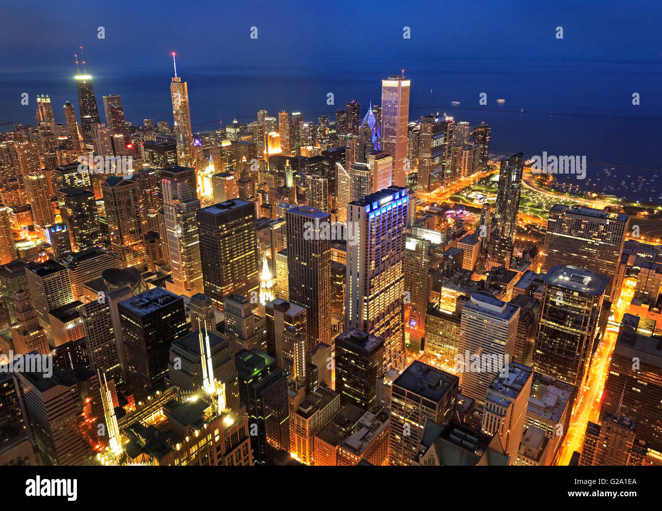 Chicago skyline at night, Illinois, USA - Stock Image
