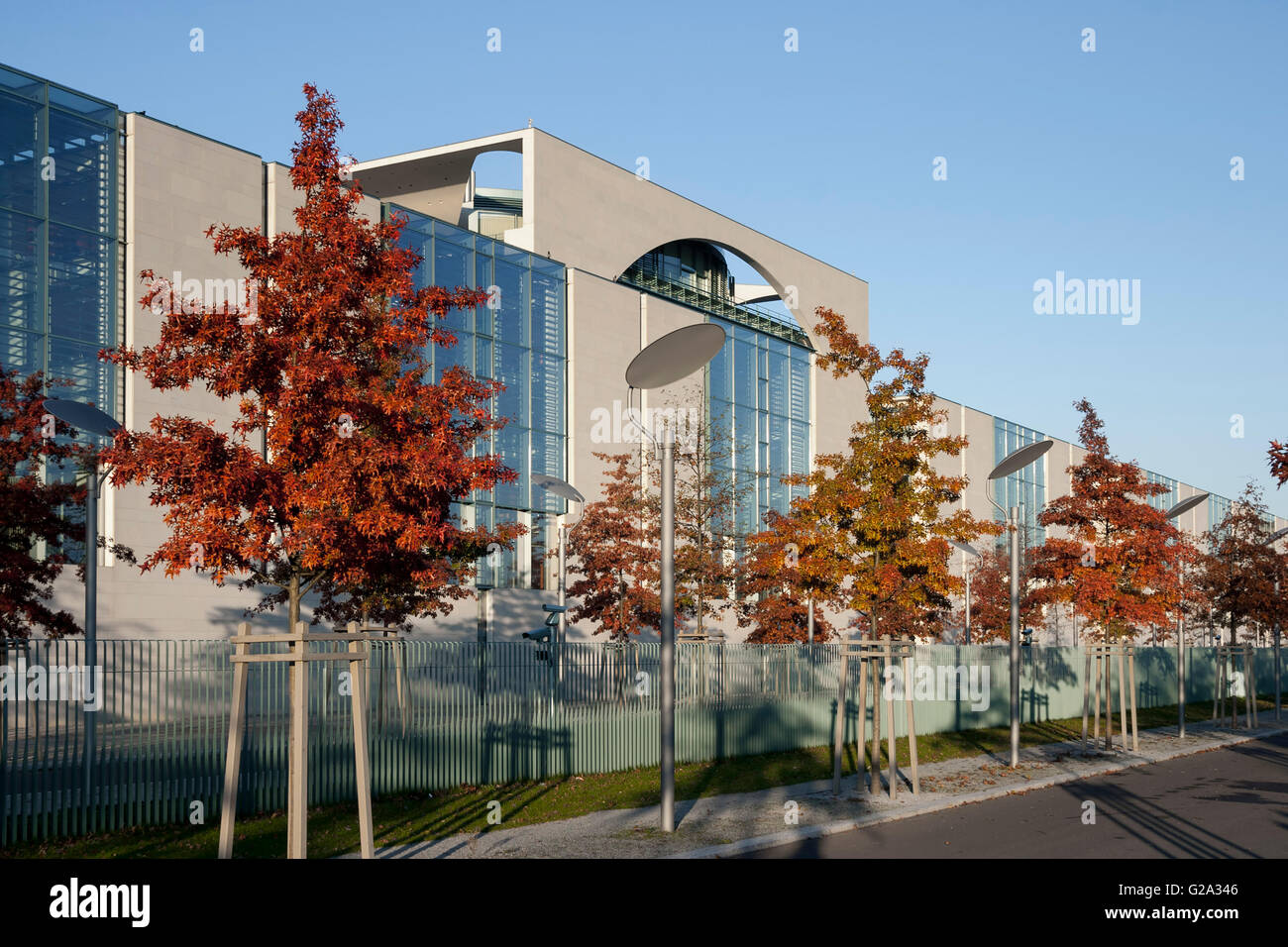 Federal Chancellery, Autumn, Tiergarten, Berlin - Stock Image