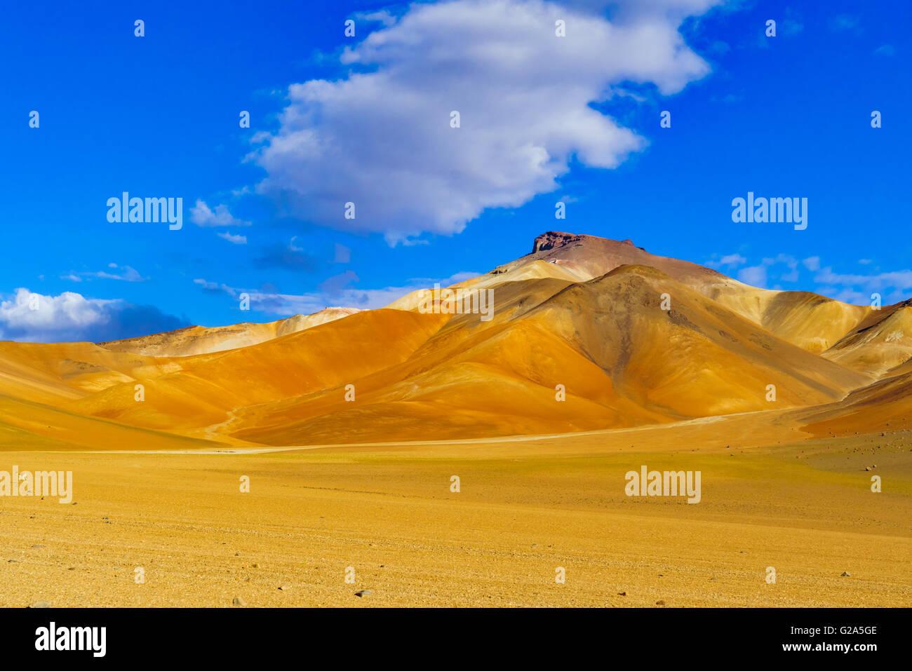 View of colorful mountain and desert in Reserva Nacional De Fauna Andina Eduardo Avaroa Potasi, Bolivia - Stock Image