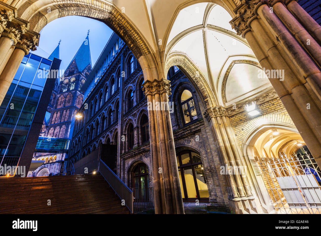 bremen cathedral bremen germany stock photo 104722134 alamy. Black Bedroom Furniture Sets. Home Design Ideas