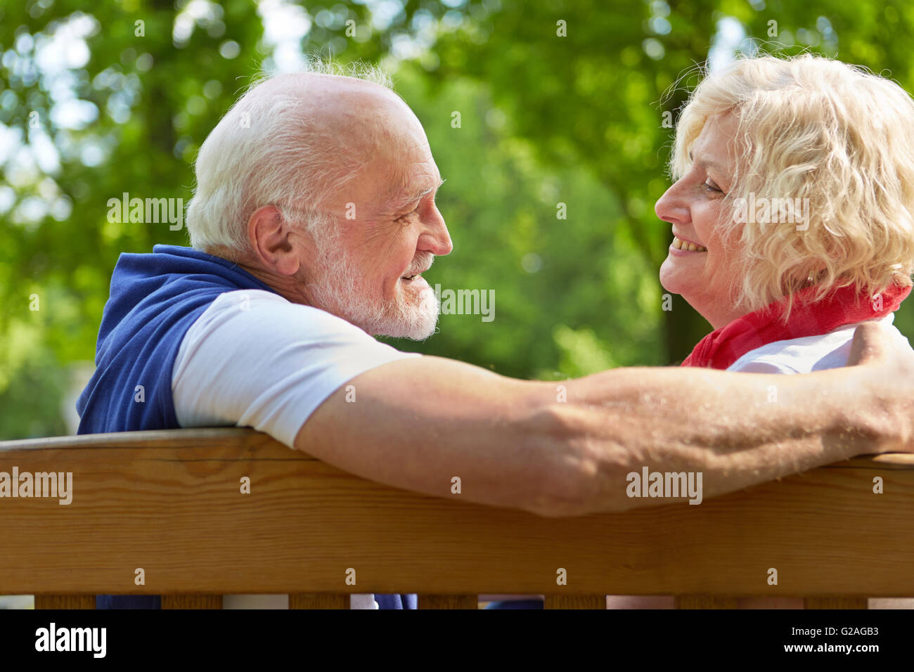 No Fee Biggest Seniors Online Dating Website