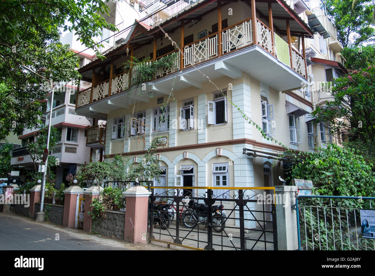 An Old Building In Pune Maharashtra India Stock Photo Alamy