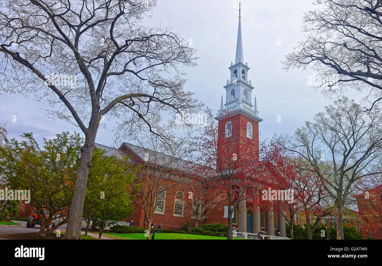 Entrance of Memorial Church and tourists in Harvard Yard in the campus of Harvard University in Cambridge, Massachusetts, - Stock Image
