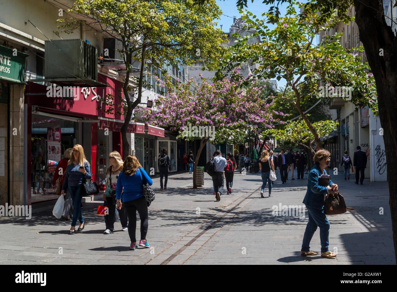 Pedestrianized  Avenida Cordoba, Rosario, Santa Fe province, Argentina - Stock Image