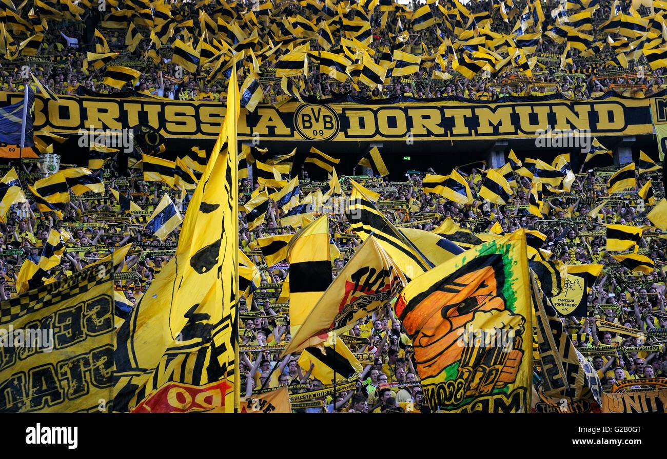 German Cup Final at Olympic Stadium Berlin, FC Bayern Munich vs Borussia Dortmund: Supporters of Dortmund. - Stock Image