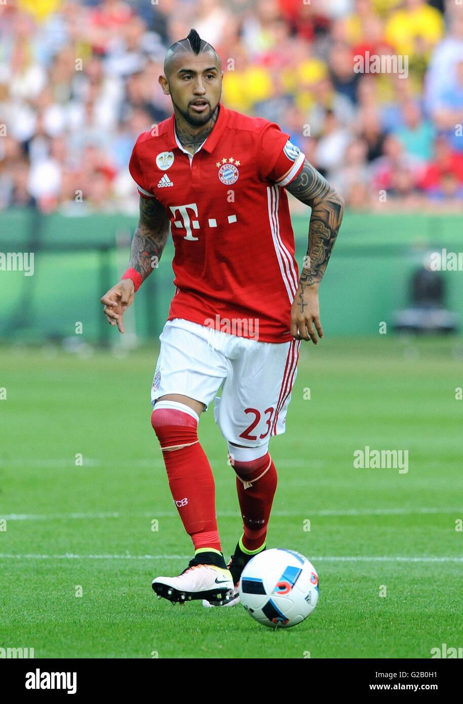 German Cup Final at Olympic Stadium Berlin, FC Bayern Munich vs Borussia Dortmund: Arturo Vidal of Munich. - Stock Image