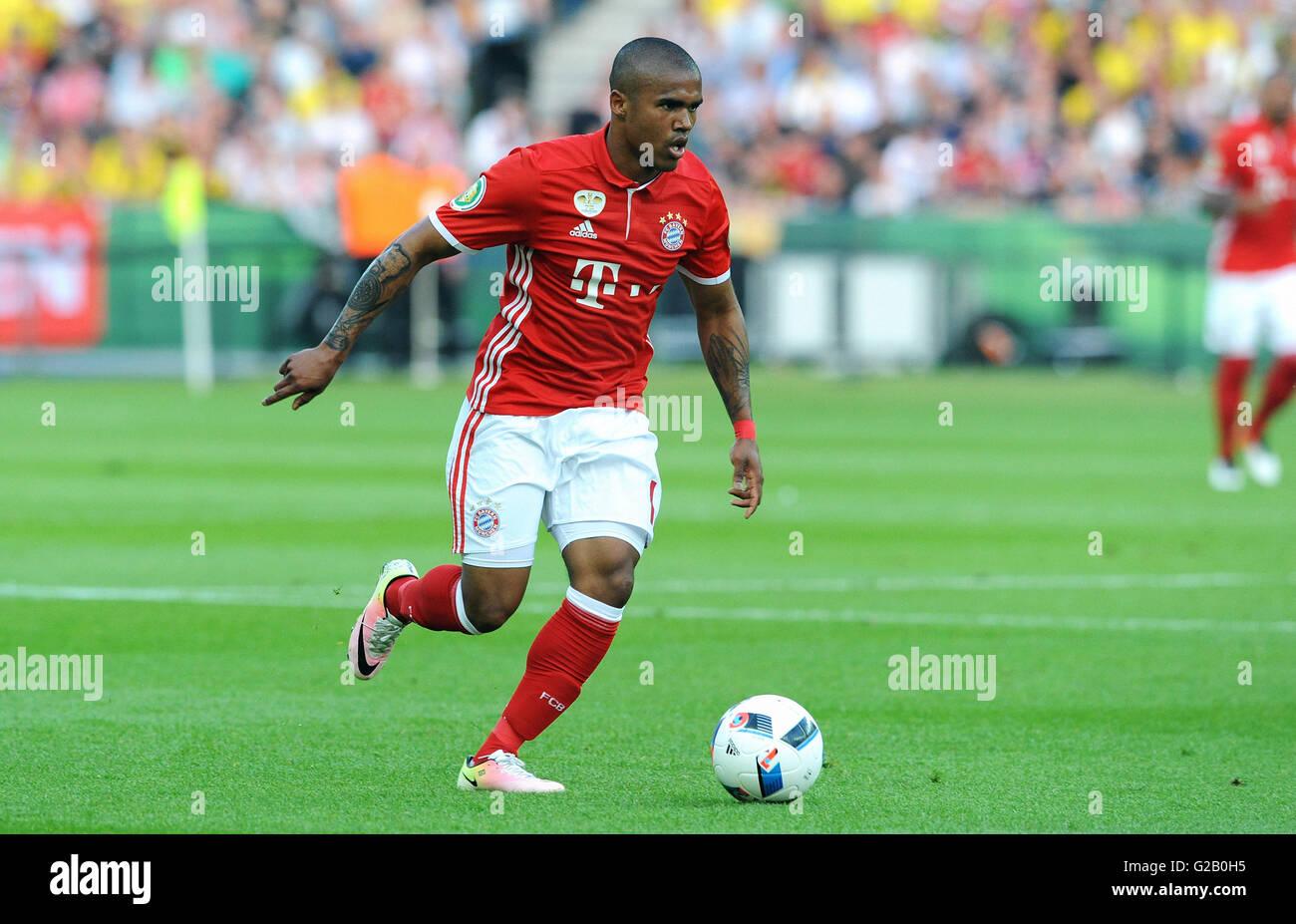 German Cup Final at Olympic Stadium Berlin, FC Bayern Munich vs Borussia Dortmund: Douglas Costa of Munich. - Stock Image