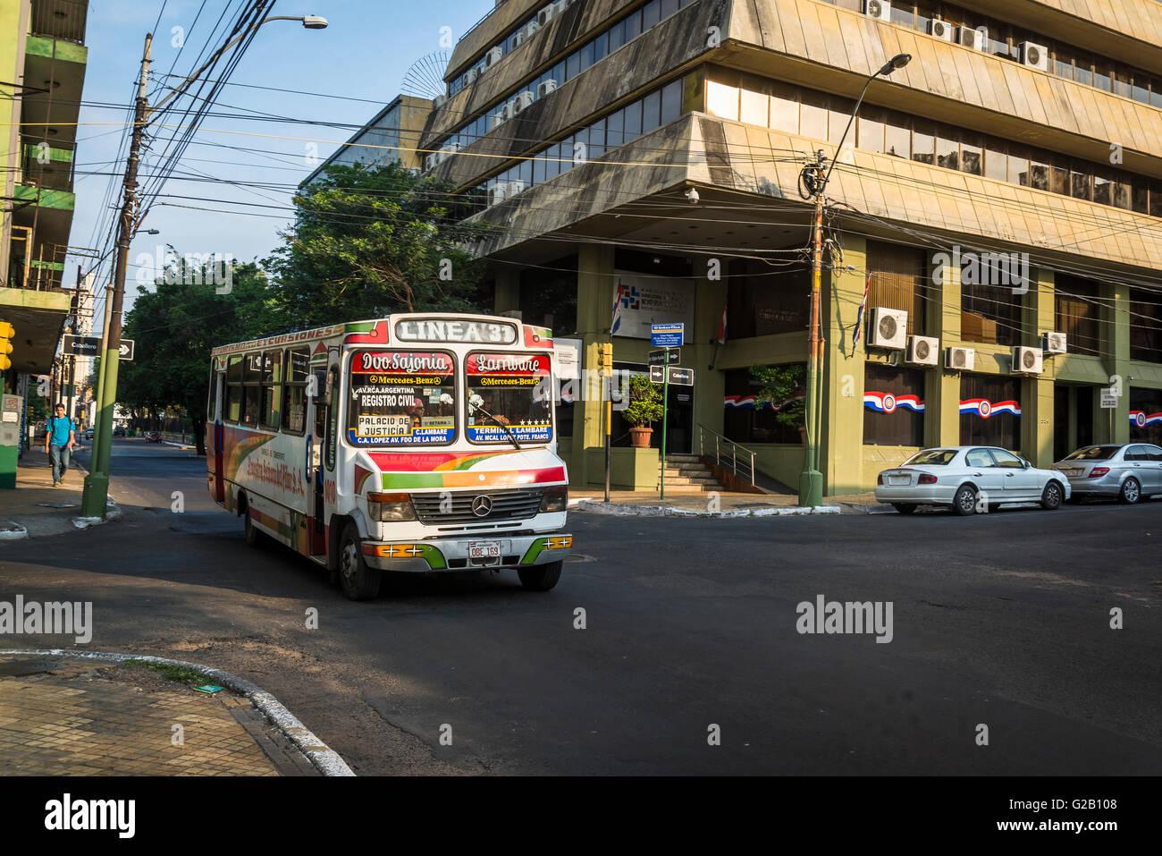 Typical bus, Asunción, Paraguay - Stock Image