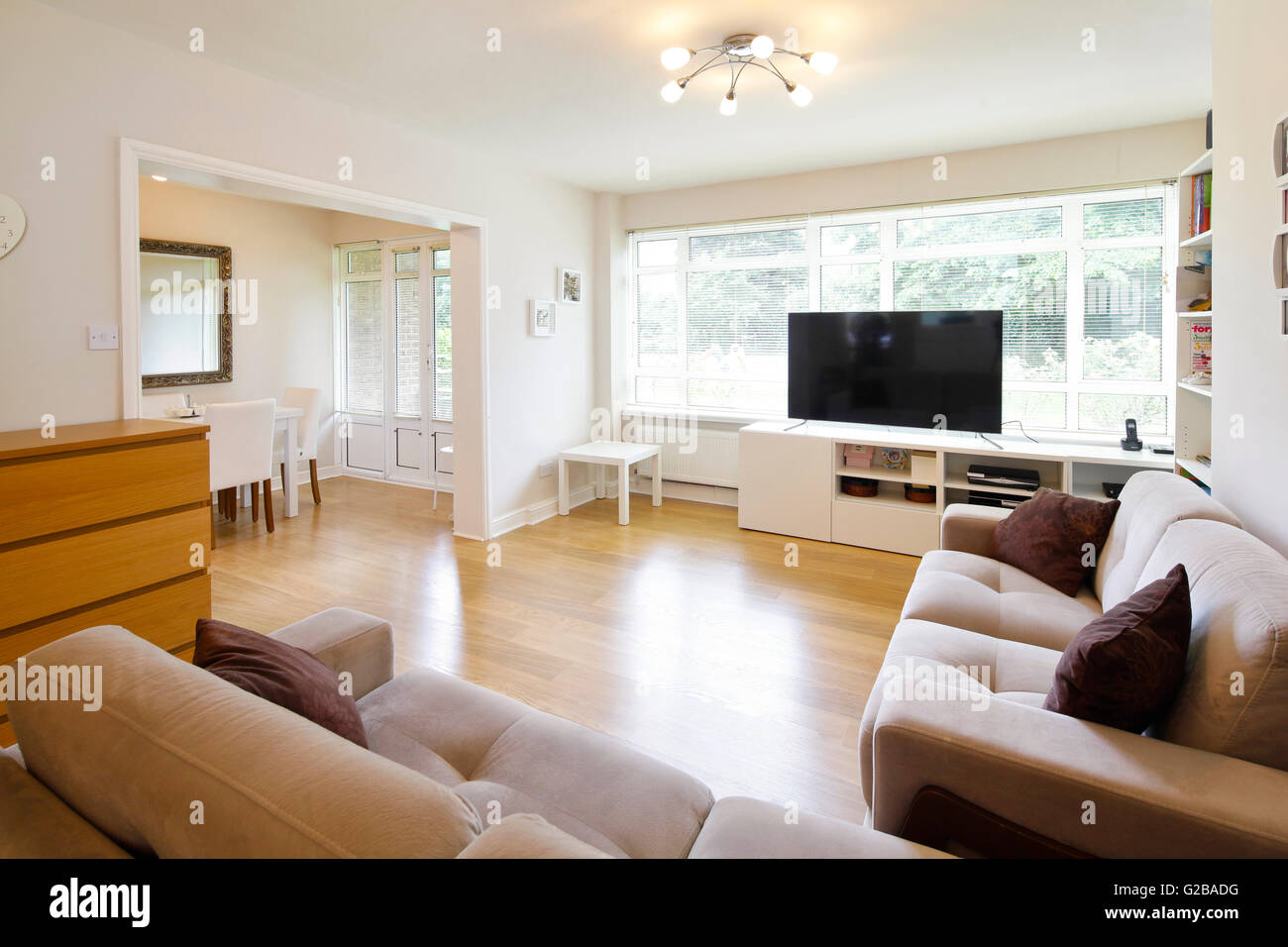 Large Screen Tv Uk Living Room High Resolution Stock Photography And Images Alamy