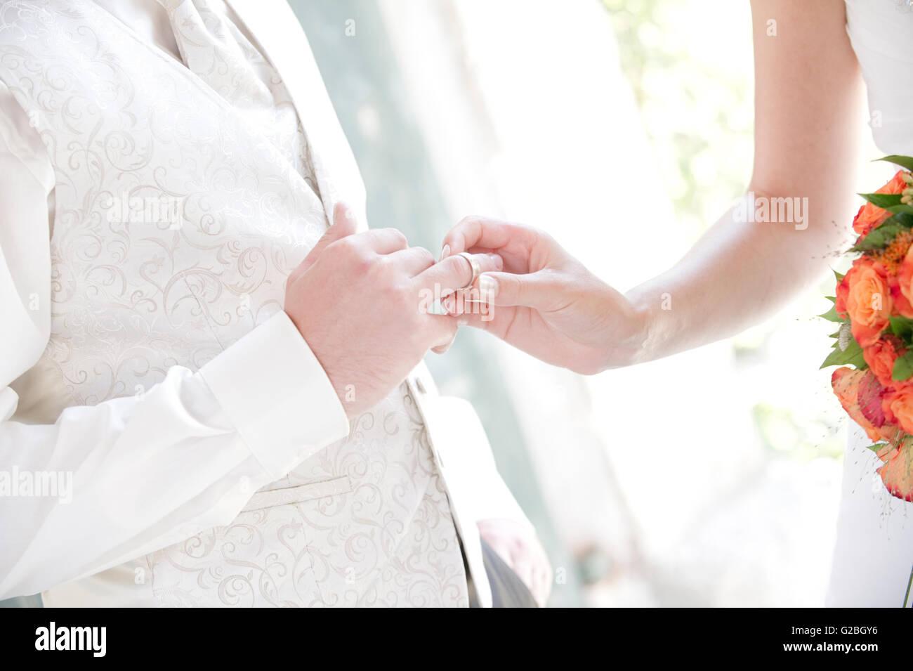 Exchange of wedding rings - Stock Image