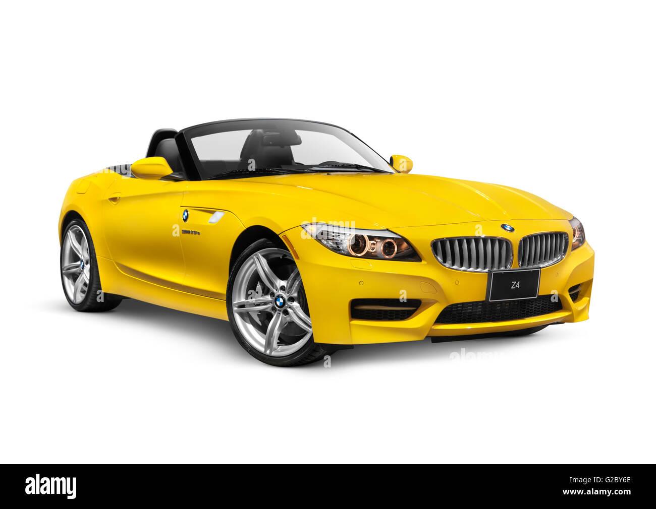 Yellow 2011 Bmw Z4 Sdrive35i Roadster Stock Photo 104754342 Alamy