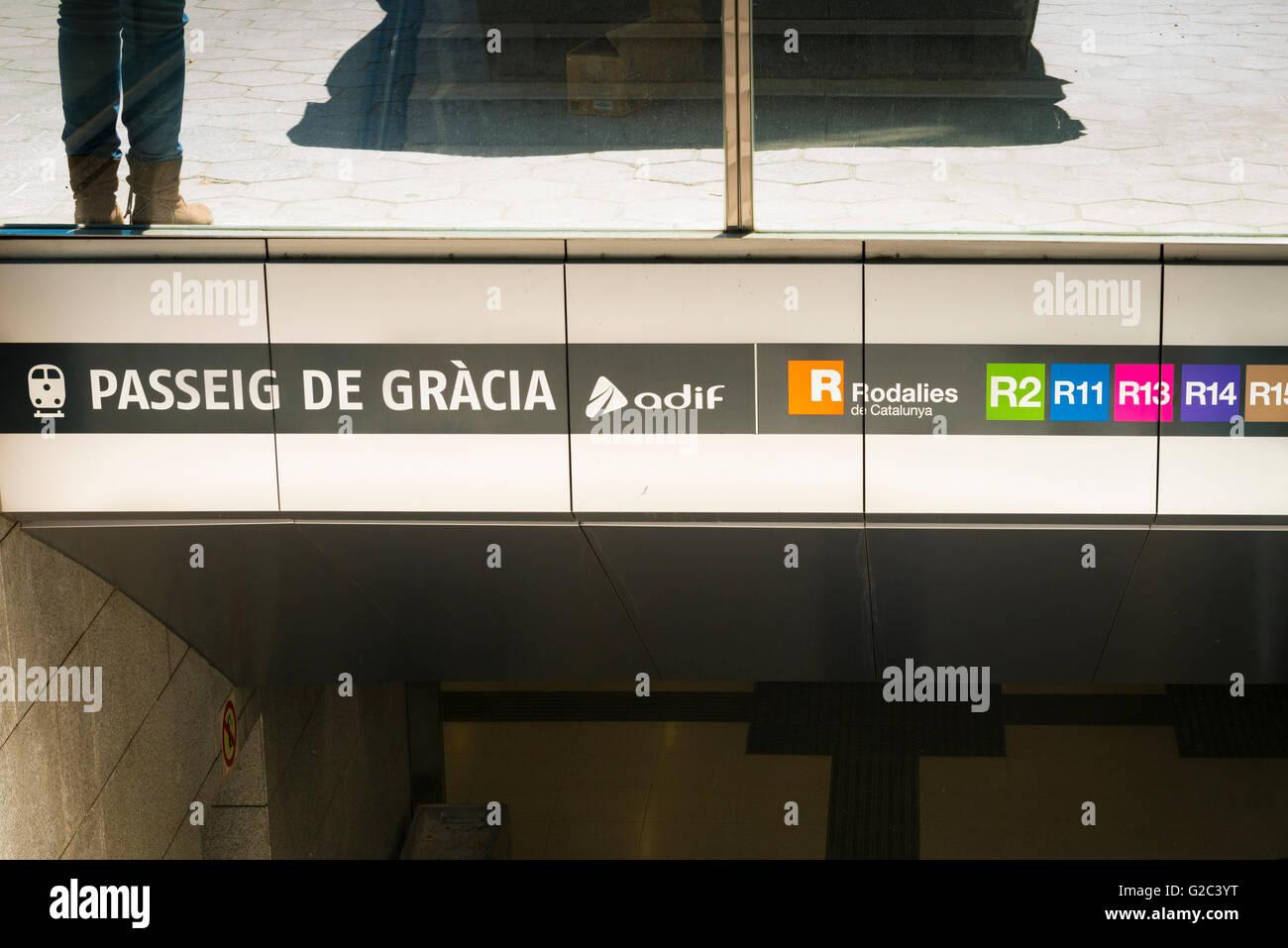 Spain Catalonia Barcelona Eixample Passeig de Gracia Metro subway underground station entrance sign signs scene - Stock Image