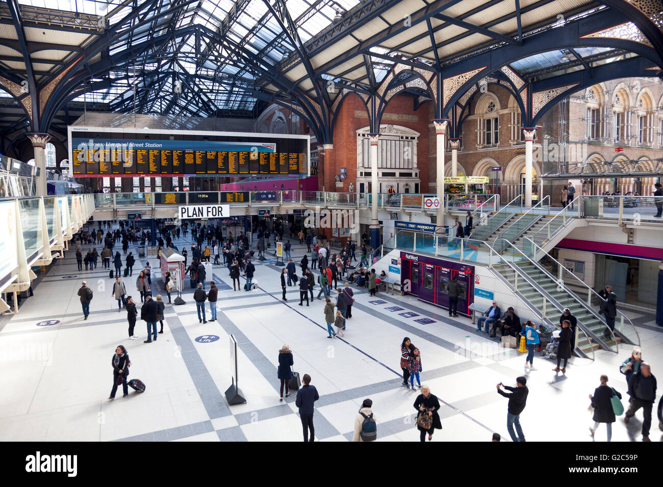 Liverpool Street Station train and underground concourse, London, UK - Stock Image
