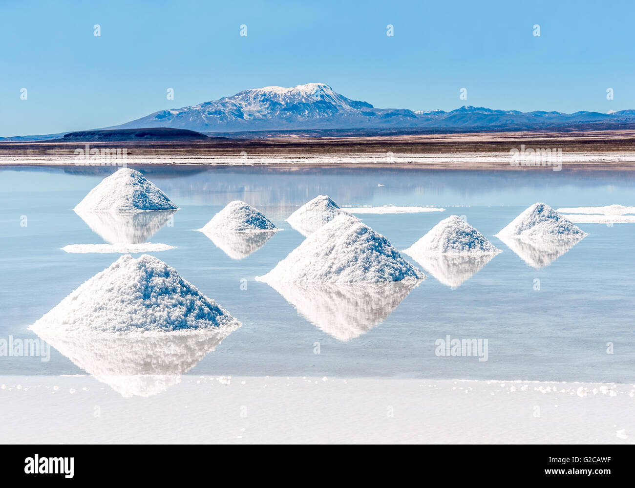 Salt lake - Salar de Uyuni in Bolivia - Stock Image
