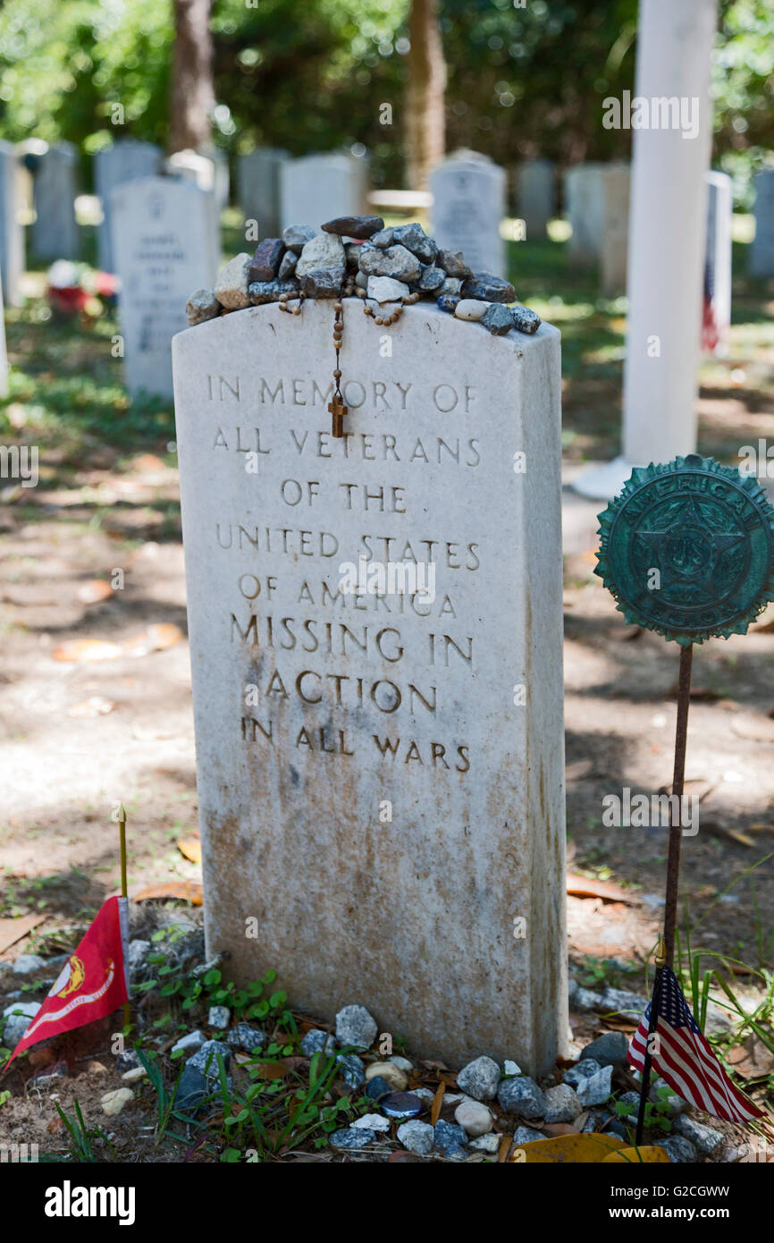 Savannah, Georgia - A memorial to soldiers missing in action at Bonaventure Cemetery. - Stock Image