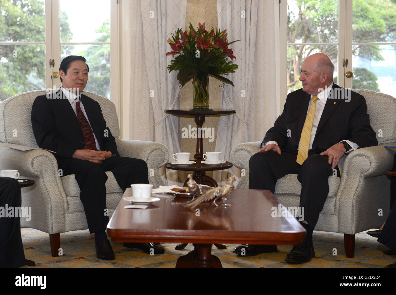 Sydney, Australia. 28th May, 2016. Liu Qibao (L), head of the Publicity Department of the Communist Party of China - Stock Image