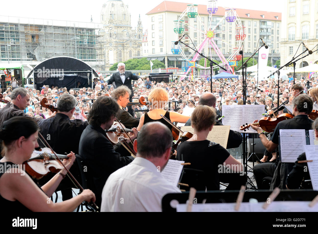 Musicians playing during the Dresden Music Festival in Dresden, Germany 28 May 2016. Amateur and professional musicians - Stock Image