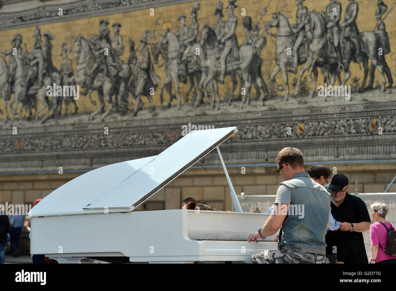 A pianist plays during the Dresden Music Festival in Dresden, Germany 28 May 2016. Amateur and professional musicians - Stock Image