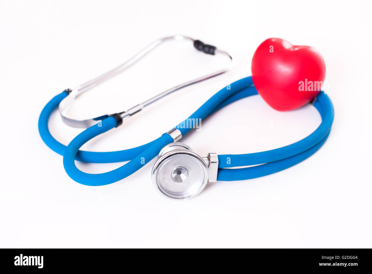 Red heart and a stethoscope - Stock Image