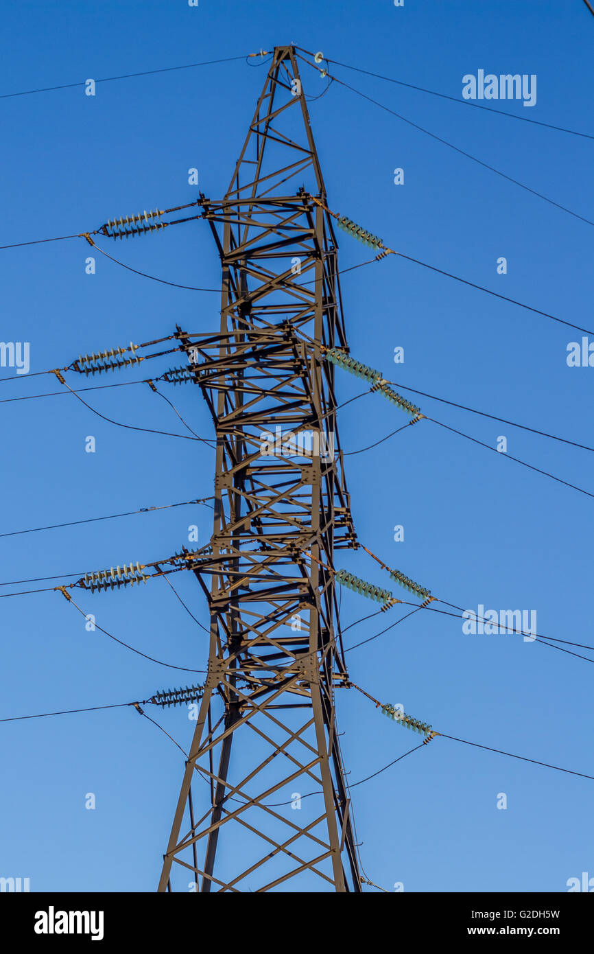 electrical insulator on the wires Stock Photo: 104790389 - Alamy
