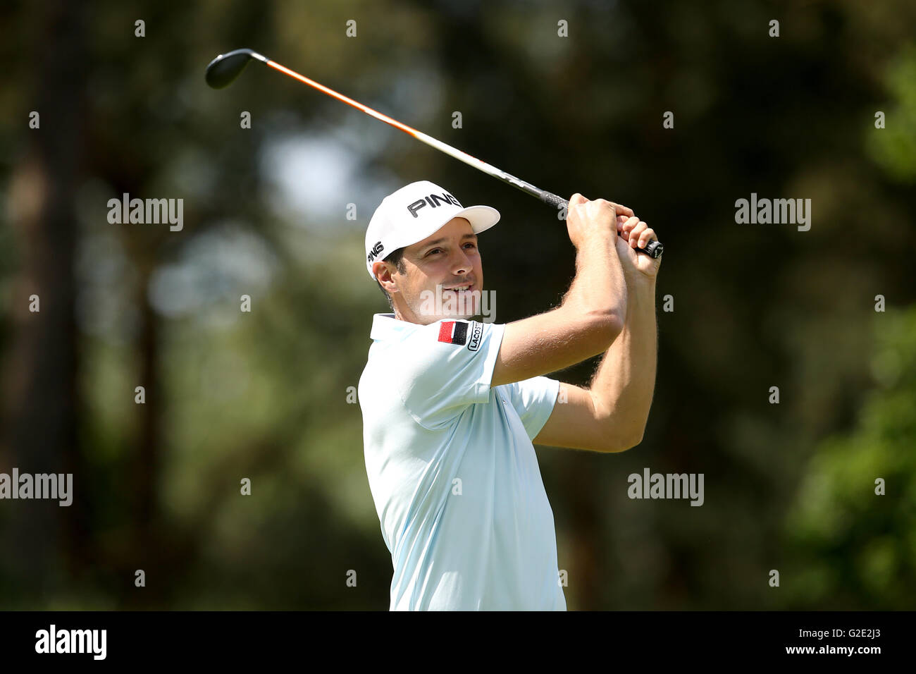 France's Julien Quesne tees off on the 8th hole during day four of the BMW PGA Championship at Wentworth Club, Windsor. Stock Photo