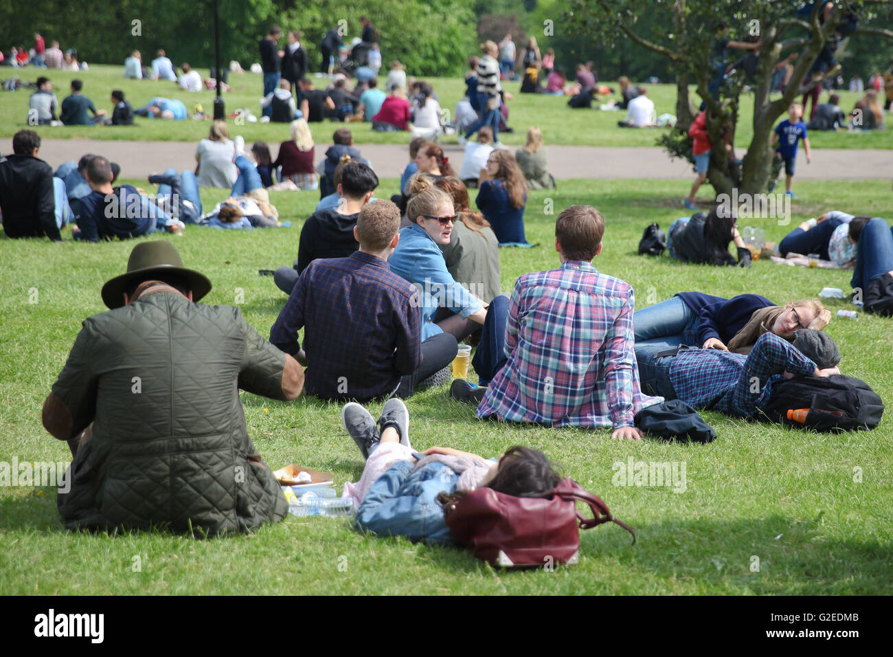 North London, UK 29 May 2016. People enjoying and relaxing a sunny bank holiday weekend in Alexandra Palace, North Stock Photo