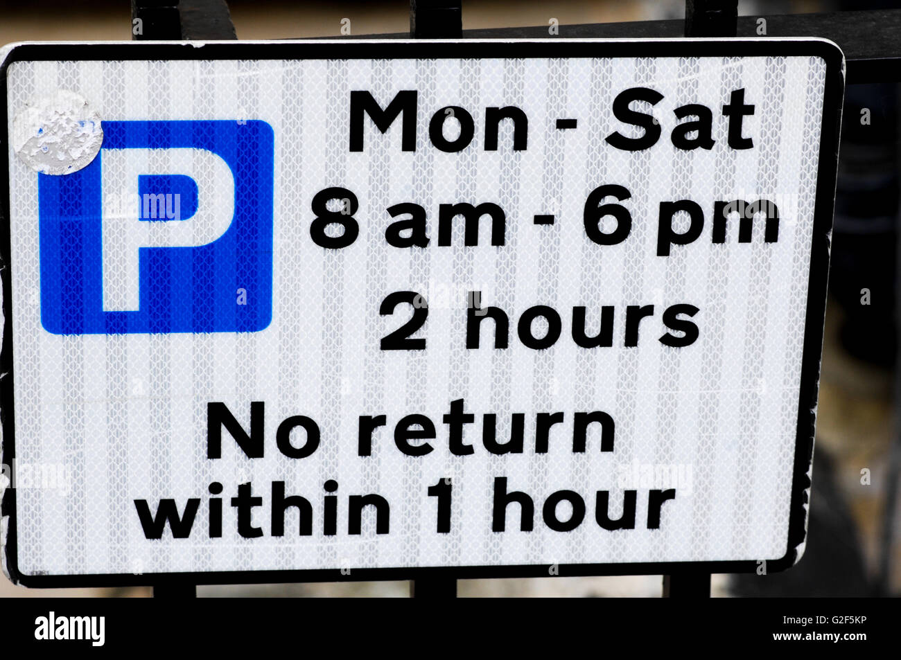 Parking waiting times schedule limits - Stock Image