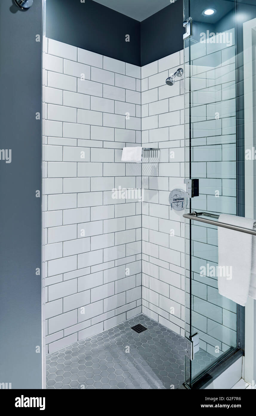 Shower Enclosure Stock Photos & Shower Enclosure Stock Images - Alamy