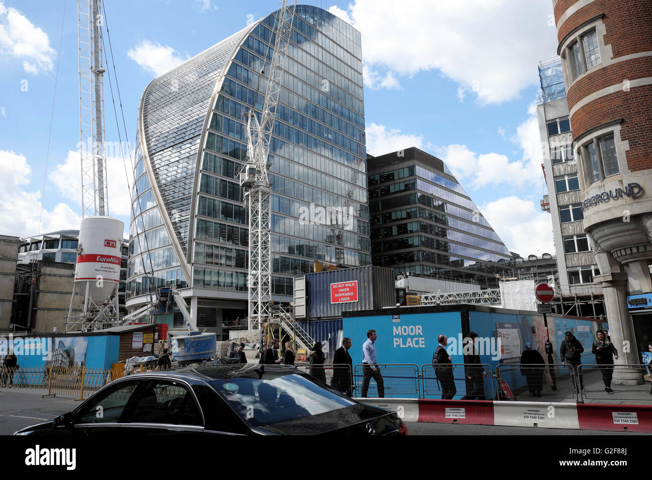 Crossrail Moor Place construction site, Moorgate in London UK  KATHY DEWITT - Stock Image