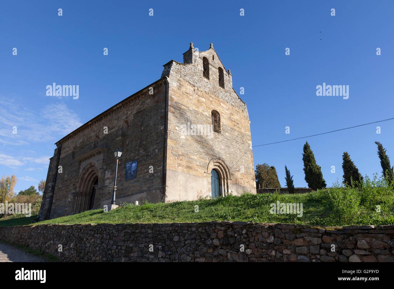 Villafranca del Bierzo, Spain: Iglesia de Santiago Apóstol. - Stock Image