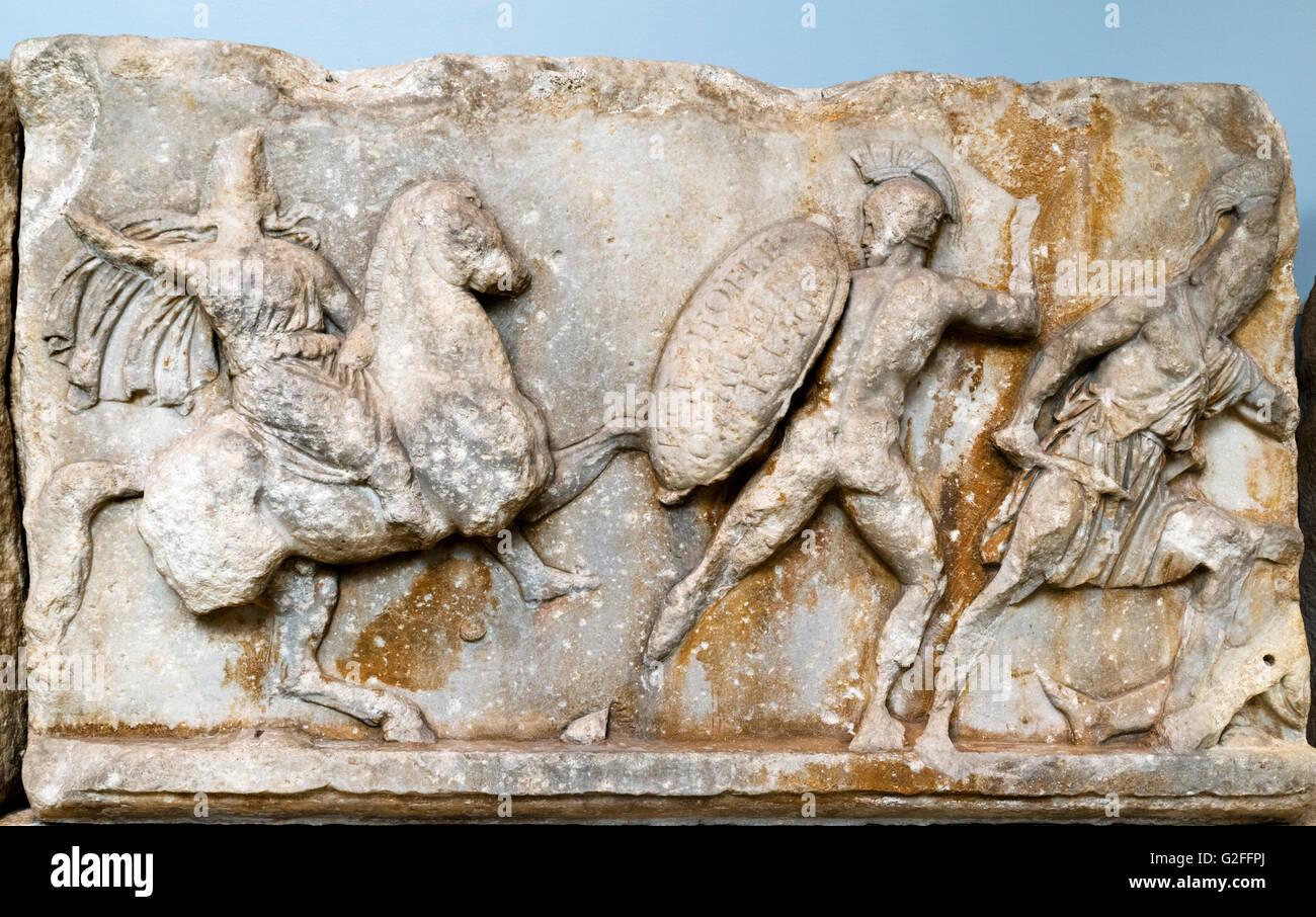 Marble slab of the Amazon frieze of the Mausoleum of Halikarnassos, c.350BC. It represents combats between Greeks - Stock Image