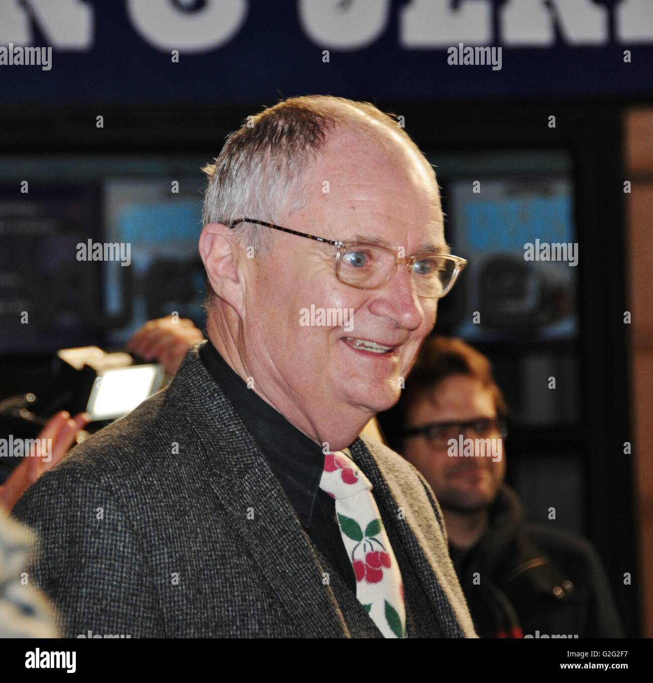 Oscar winning actor Jim Broadbent, at the London premiere of Harry Hill The Movie. - Stock Image