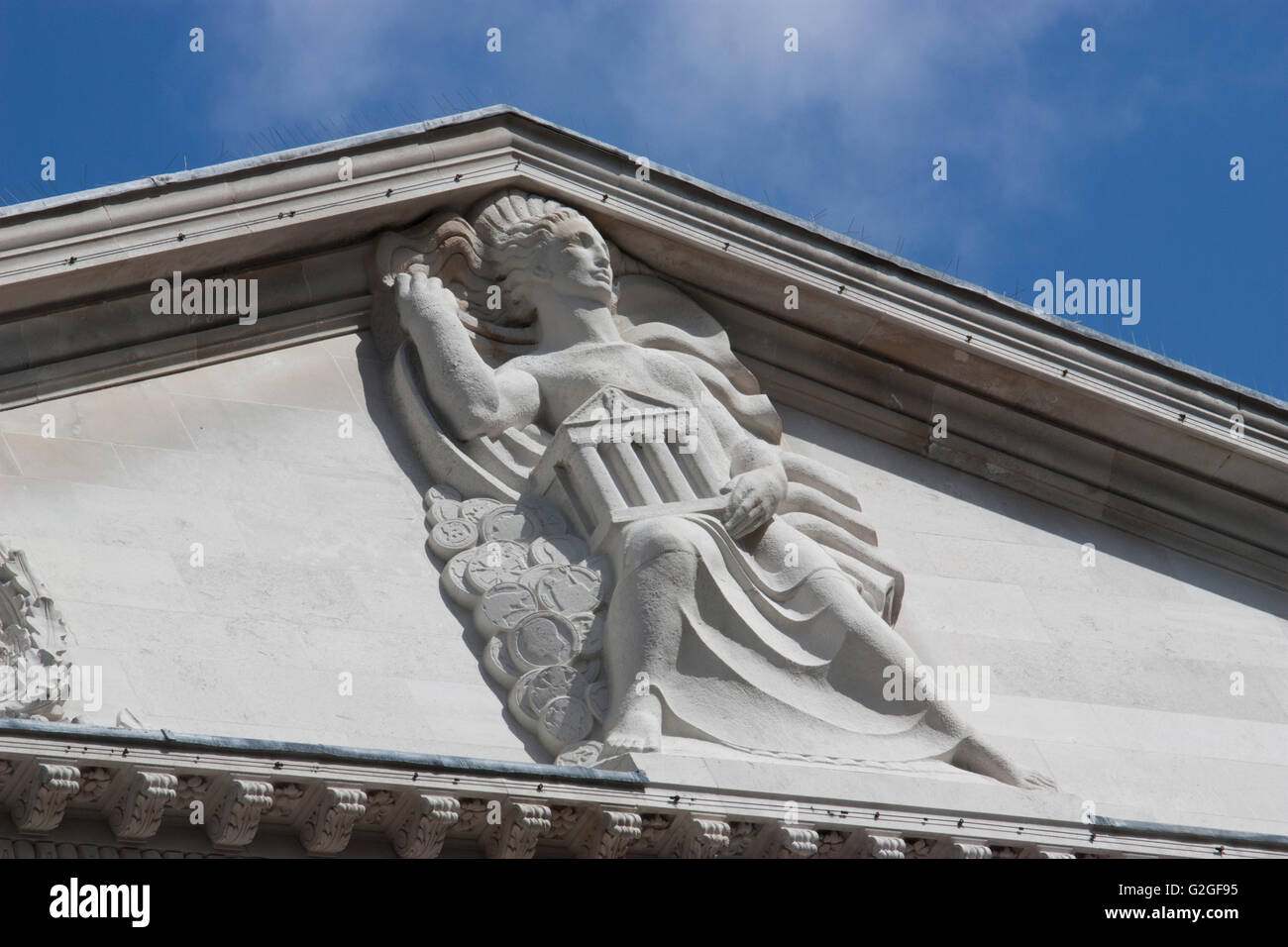 Bank of England Threadneedle street, details on roof - Stock Image
