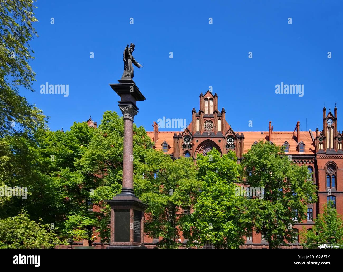 Breslau Seminarium Duchowne und Denkmal - Breslau Seminarium Duchowne and monument - Stock Image