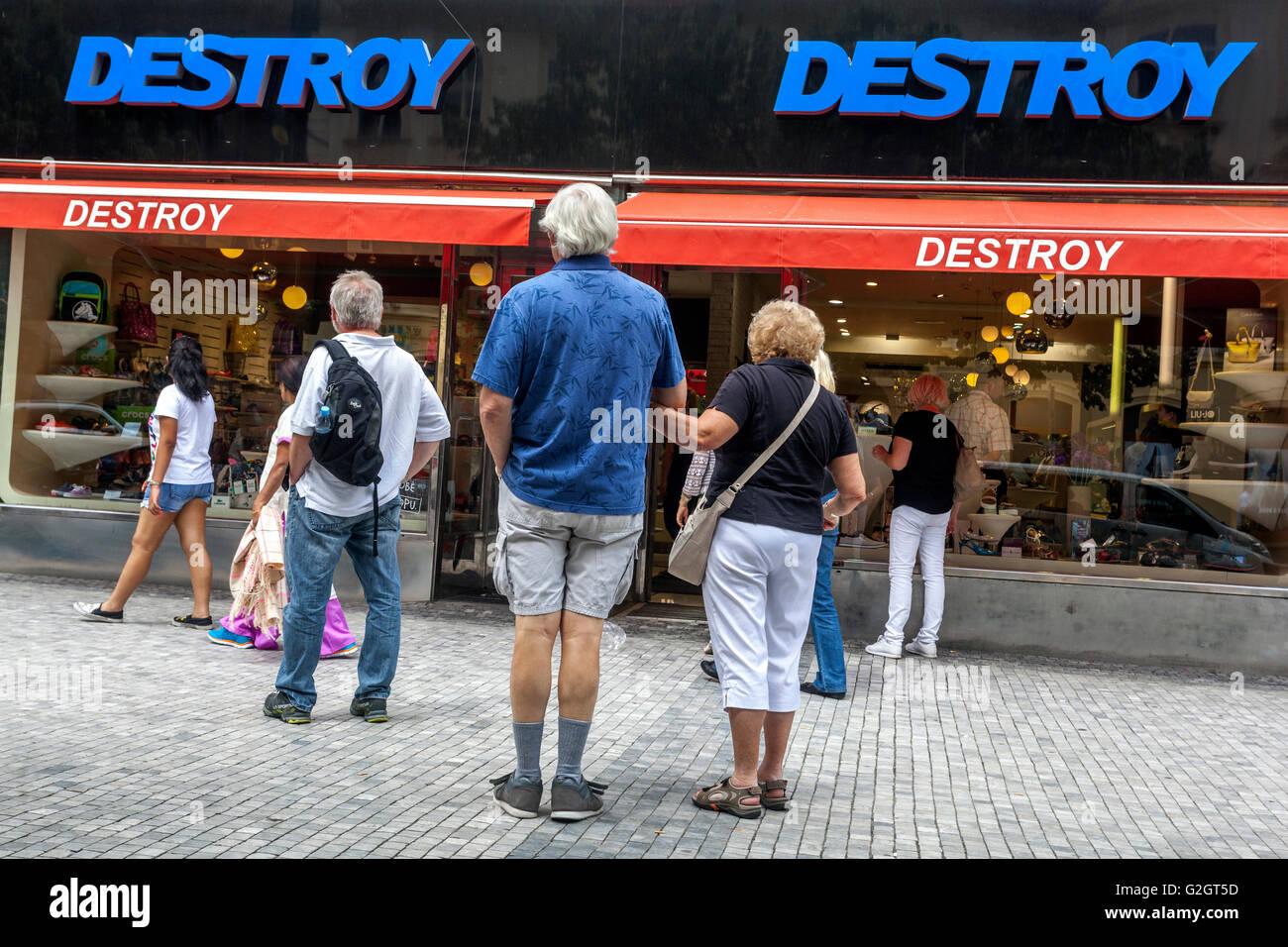 Destroy fashion store, Na Prikope street, Prague, Czech Republic - Stock Image