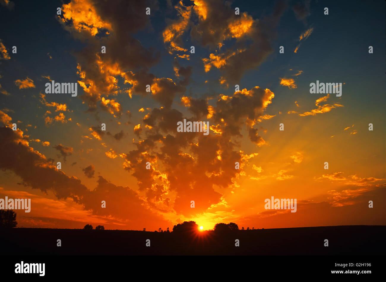 Blazing sunset Guelph Ontario Canada - Stock Image