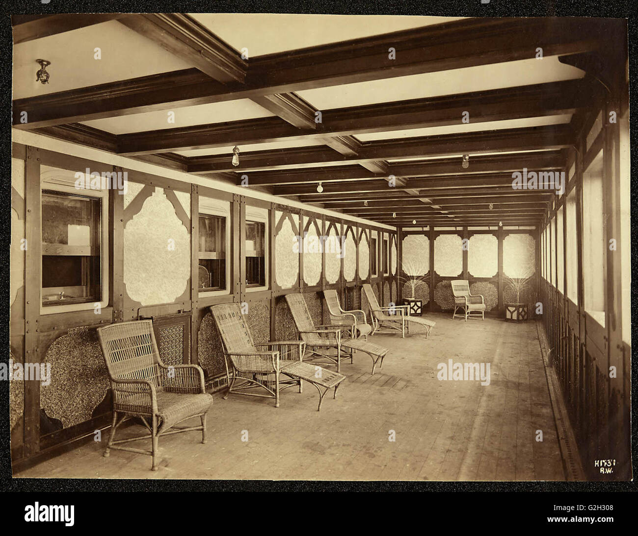 Inside Titanic 2: Titanic Interior Stock Photos & Titanic Interior Stock