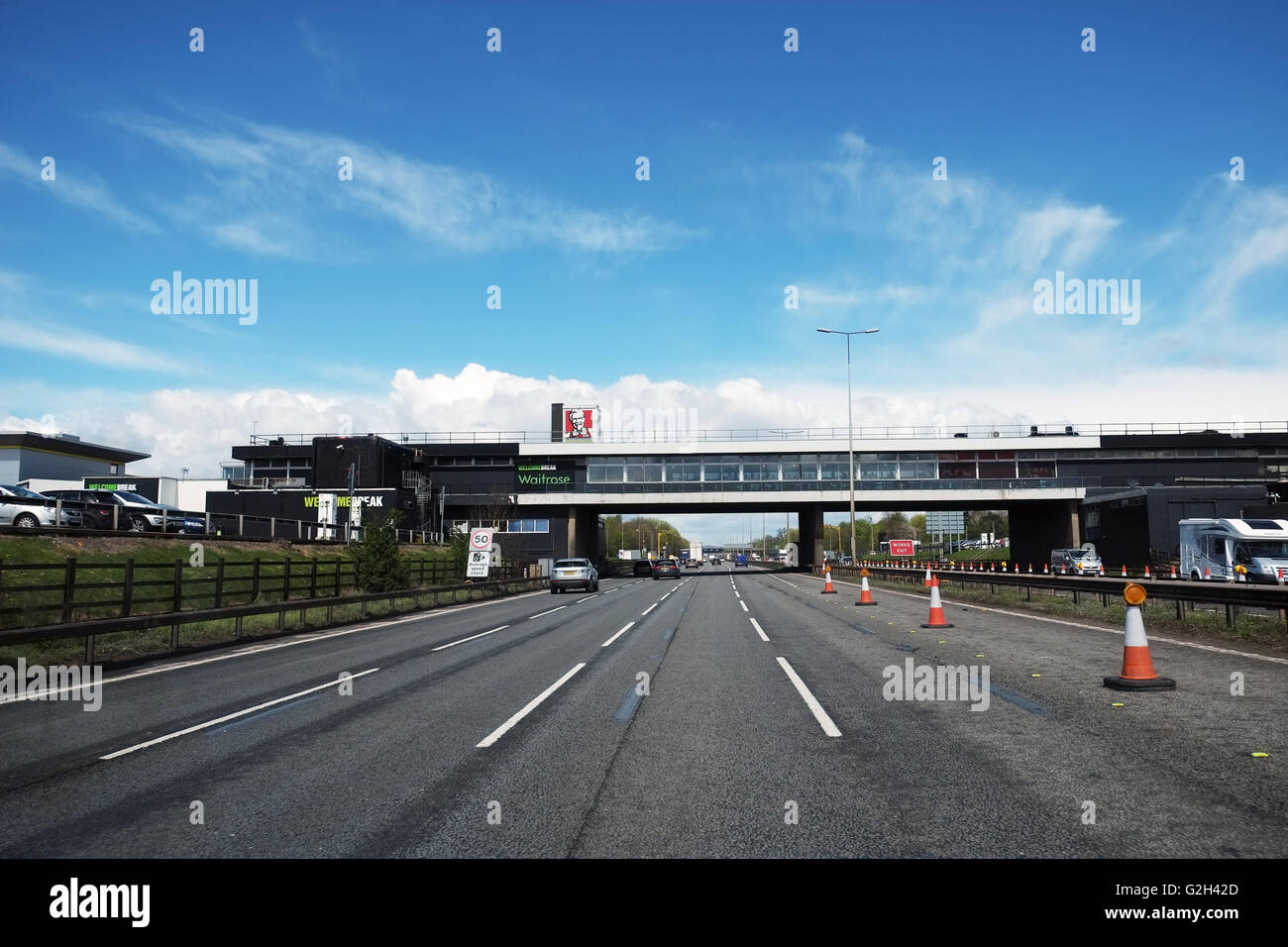 Leicester Forest East Service Station and M1 Motorway, looking northbound. Stock Photo